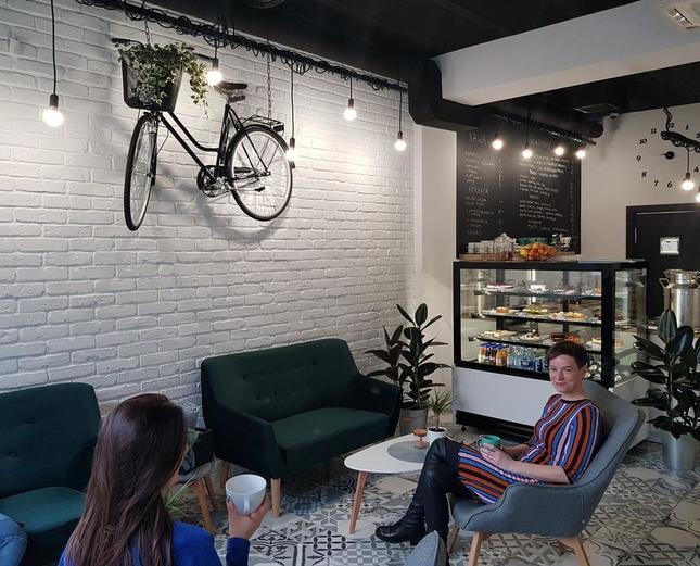 Z miłości do kawy, jedzenia i rowerów…