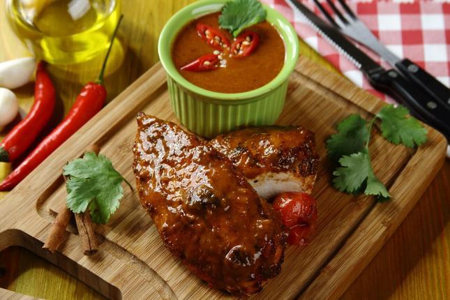 Filet z kurczaka w sosie bbq