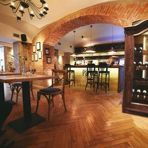 Parole Art Restaurant: Noc Wina