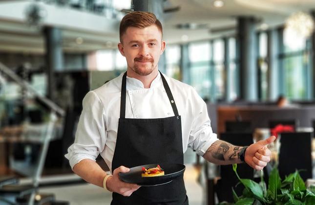 Utalentowany kucharza Arek Dykas